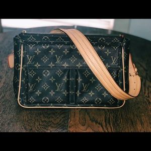 LOUIS VUITTON SHOULDER BAG 💯✅ !!!!!